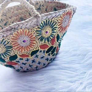 Vintage Woven Straw Mini Embroidered Handbag Bag